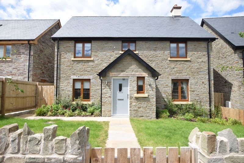 View 5 reasons why it's still the perfect time to reserve one of our stunning homes article